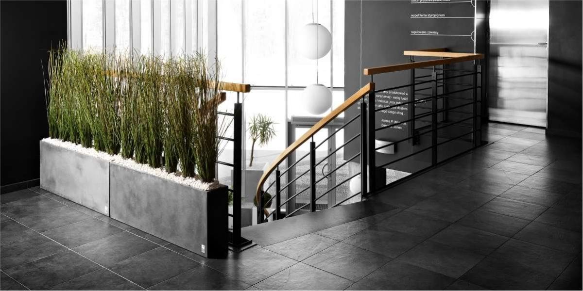 Regular Planter concrete natural, carbon natural